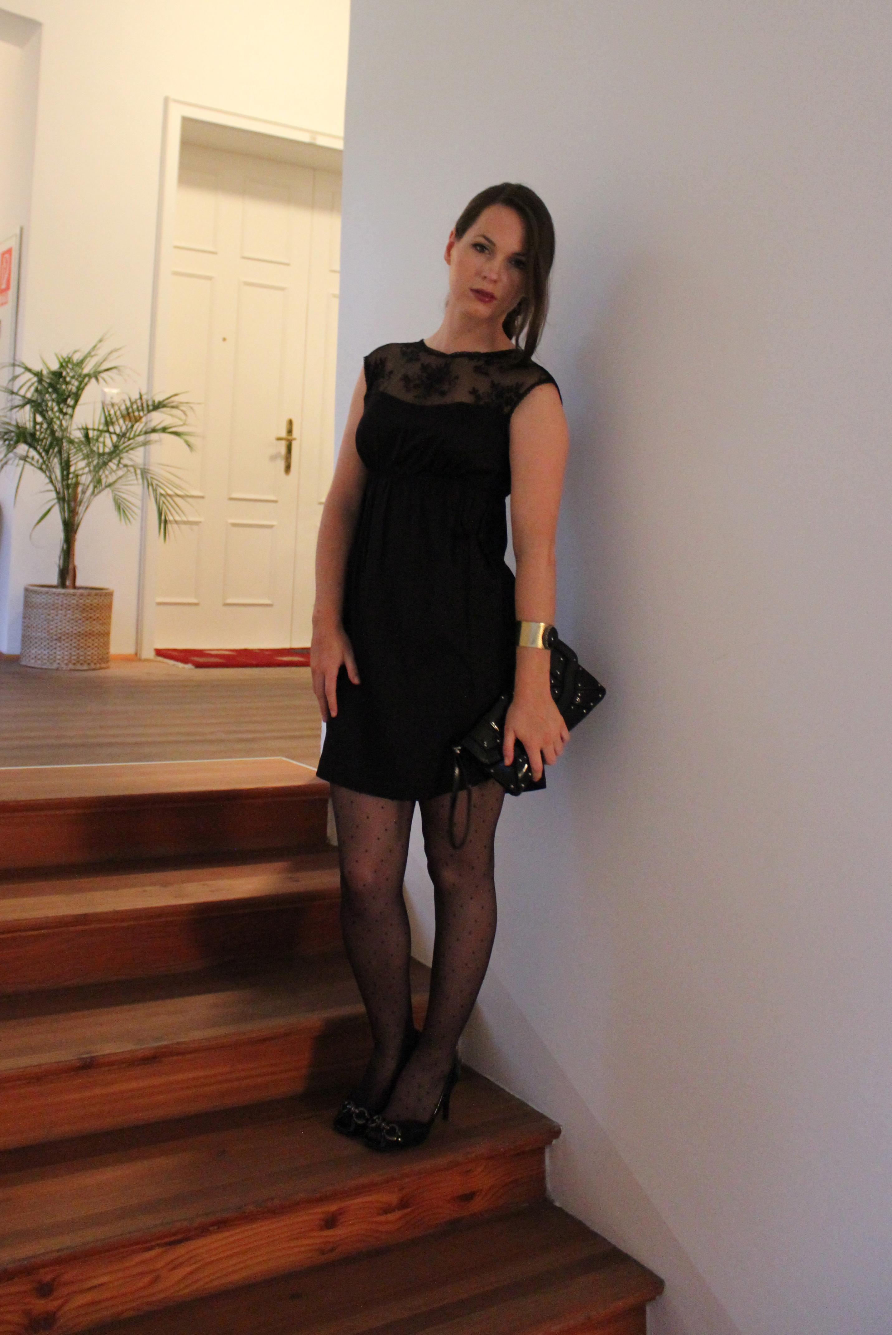 Eine Strumpfhose Mit Auffälligen Mustern á La Blair Waldorf Wärmt Nicht Nur  An Kühlen Herbsttagen, Sondern Bringt Das Outfit, Je Nach Muster, ...
